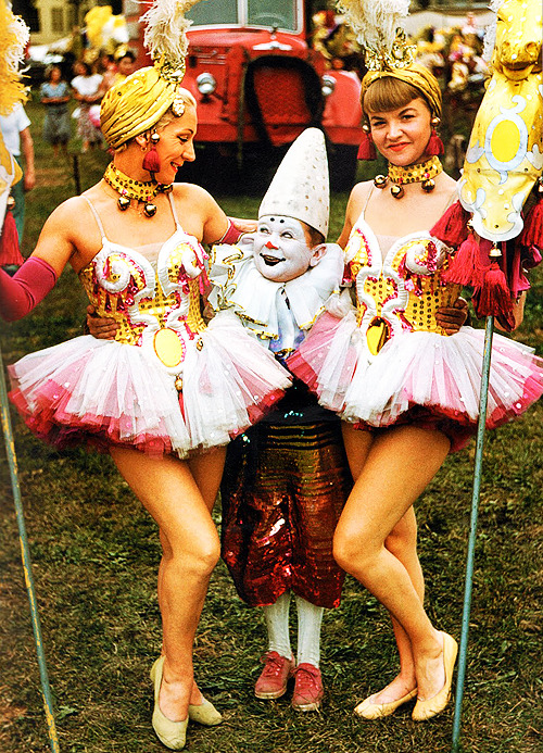 Angelsfaceloves:-  Circus Performers, 1955