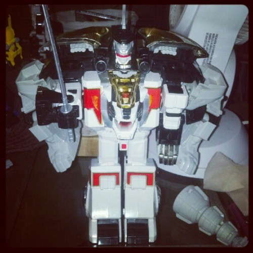 Most OP Zord ever! #powerrangers #dragonzord #whitetigerzord #tommy #whiteranger #greenrangef (Taken with Instagram)