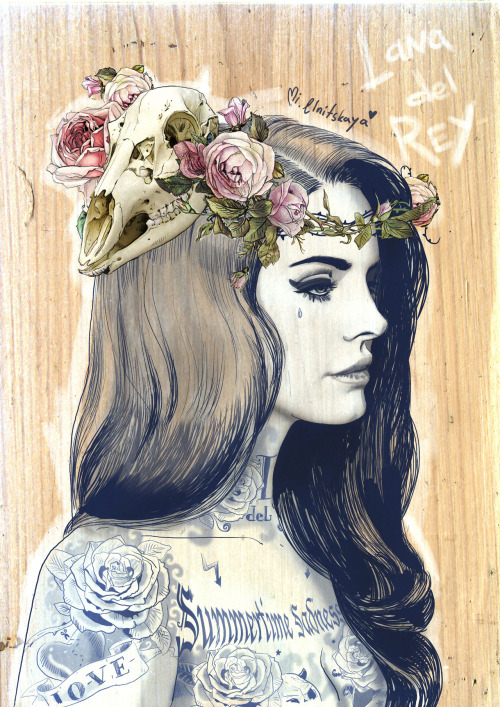 milkyname:  Lana del Rey with tattoos (summertime tattoo experience)