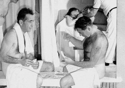 inessentialhouses:  Humphrey Bogart and Peter Lorre playing cards naked. …Really.   GOOD LORD.