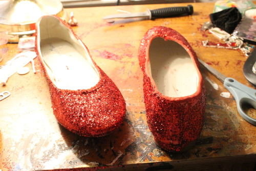 lightestsylphofhope:  I made my godtier Jade shoes!