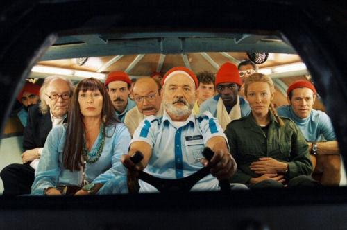 dddmagazine:  The Life Aquatic With Steve Zissou by Wes Anderson  looks like an interesting movie to watch