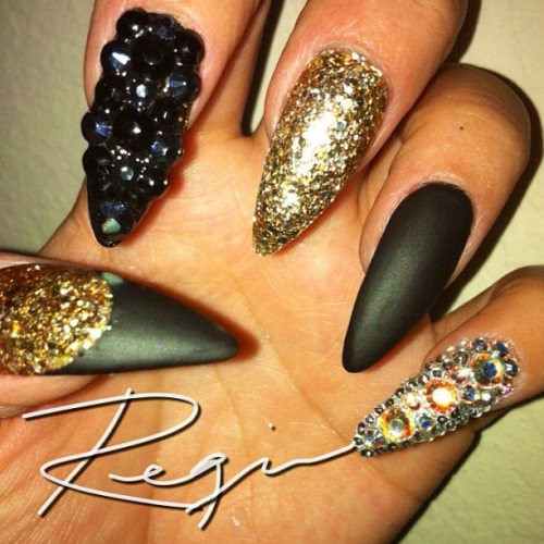 nailsbyregina:  Might sound crazy, but doing my own nails is a stress reliever! (Taken with Instagram)  AGREE!!!!