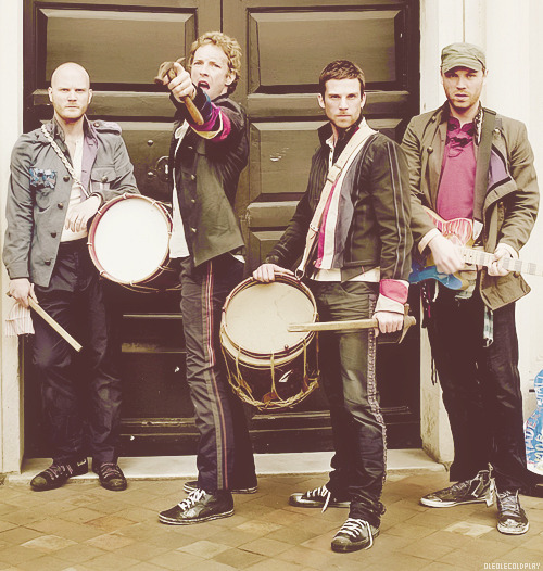 godputtasmileuponmyface:  Ole Ole Coldplay! on We Heart It. http://weheartit.com/entry/36294592