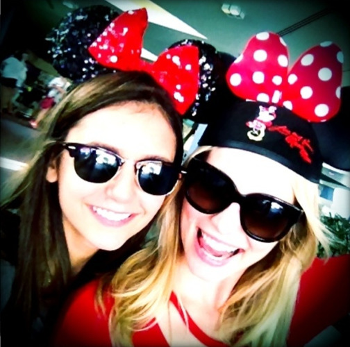 salvatwhore:  Nina and Candice at Disney World  Adorable! Also KISS HER!