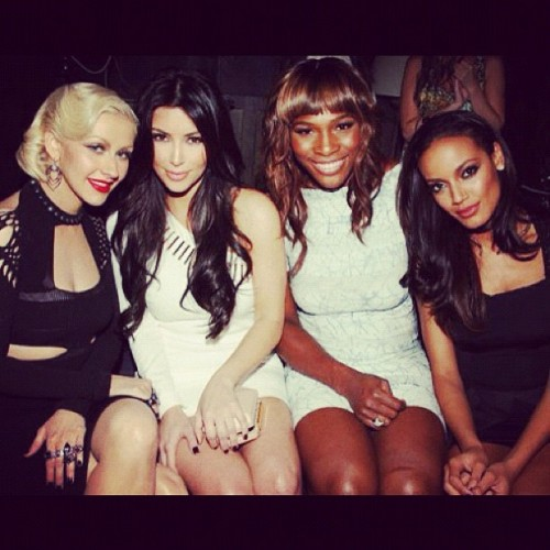 @kimkardashian with Christina Aguilera and with Serena Williams (Pris avec Instagram)