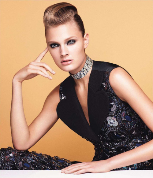 Constance Jablonski glams in designs from the latest Louis Vuitton collection for the October issue of Vogue Japan, photographed by Victor Demarchelier with styling by Sabino Pantone.         Original Article