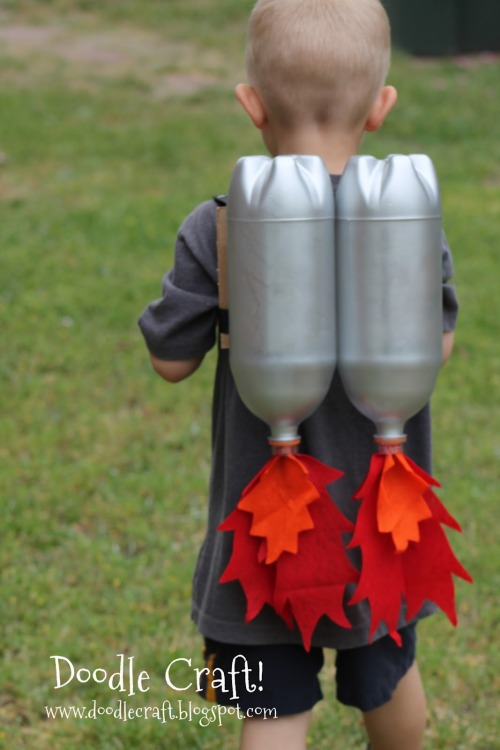 prettylittlepieces:  DIY Rocket Jet Pack.