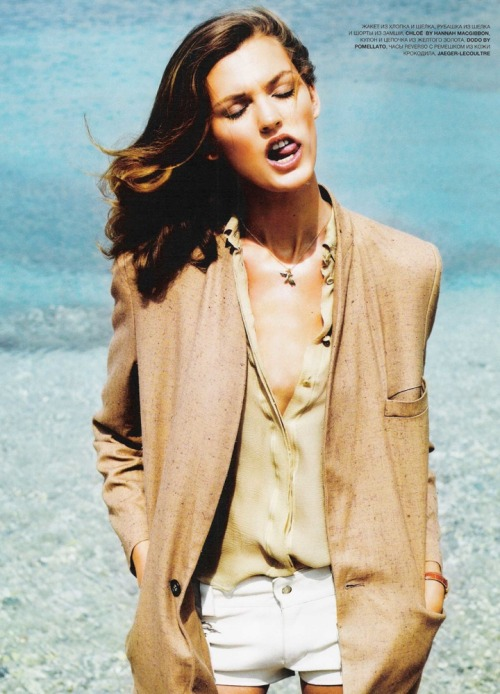 extrasexy:  Ali Stephens | L'Officiel Russia July 2010 by Marin Lidell