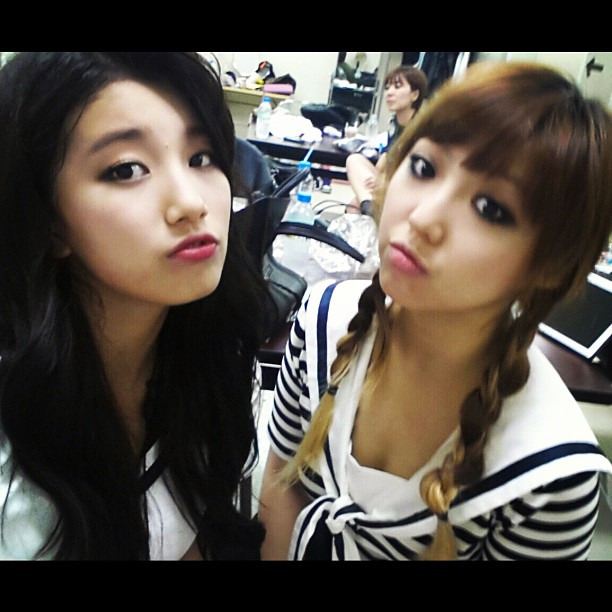 "suzybae:  120902 Min's InstagramThe aegyo explosion of Suzy. Teach me how to do *si-jeo si-jyeo too* ""si-jeo sijyeo"" are suzy's aegyo lines in the 120826 gag concert.trans. by su @ suzybae // take out with full credit"