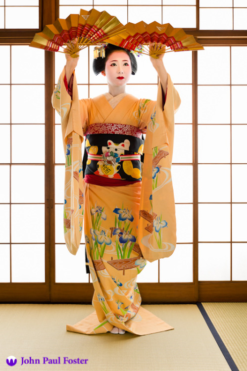Good-bye and Hello to the Geisha Mamehana of Gion Kobu