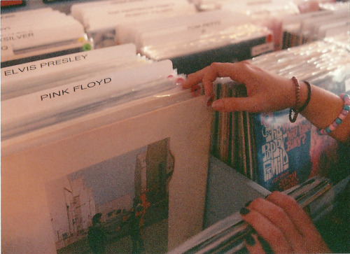 asp3n:  Lake Worth Record Store by m a r g o_ on Flickr.