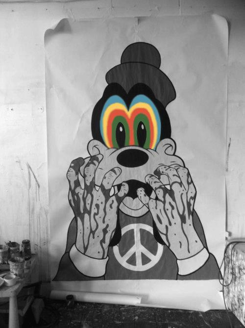 nebulatriangles:  ☮ Hippies, hipsters ▲ and drugs ☯