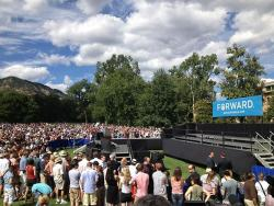 Crowd gathering for President Obama in Boulder (Olivier Knox)