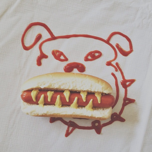 ompial:  Hot Dog by brockdavis (instagram)   Too funny!