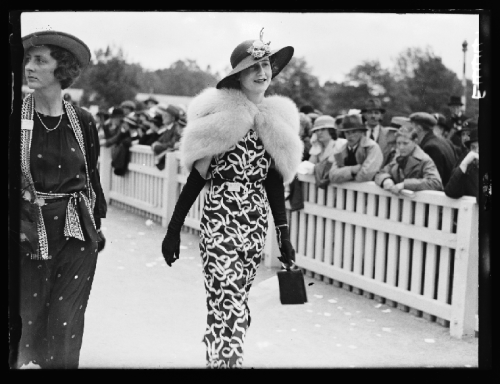A photograph of a woman at Royal Ascot, taken in June 1935 by Edward G Malindine for the Daily Herald.