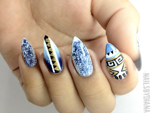 prettynailswag:  nailsbydiana:  NailsByDiana Aztec Print And Denim Wash  siick