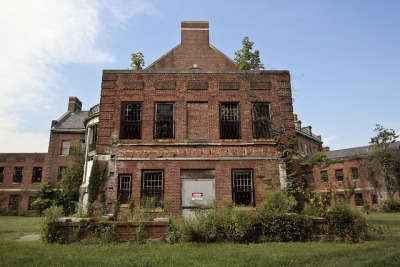 Norristown State Hospital (Rear Side) on Flickr.Photo Credit: Matt Brasch