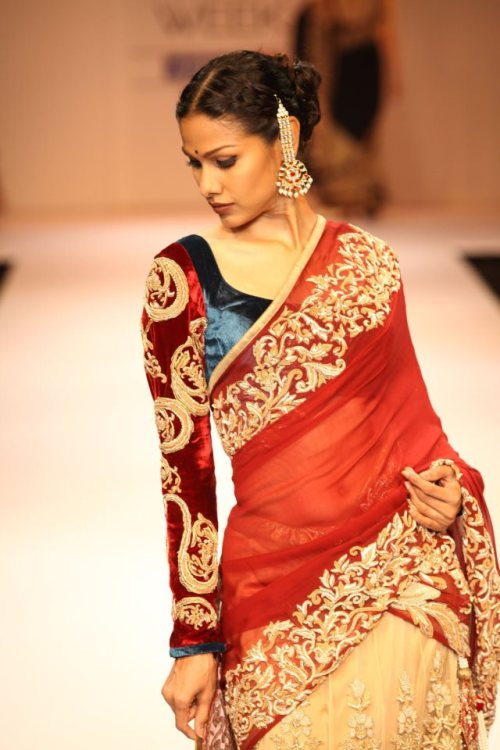 beautifulindianbrides:  Saree by:Shyamal&Bhumika