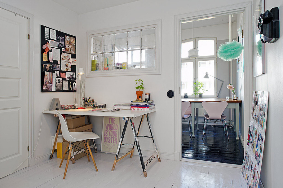 Nice corner workspace in Sweden.