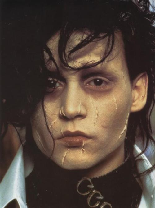 crooksh4nks:  Edward Scissorhands - 1990