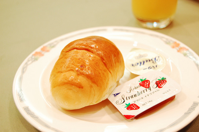 Bread and butter by evilmidori on Flickr.