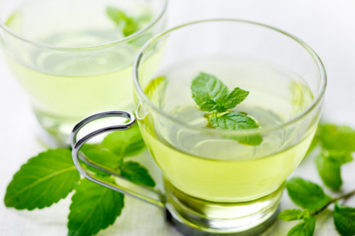 VEGAN DAILY DRINK: Fresh Peppermint Tea