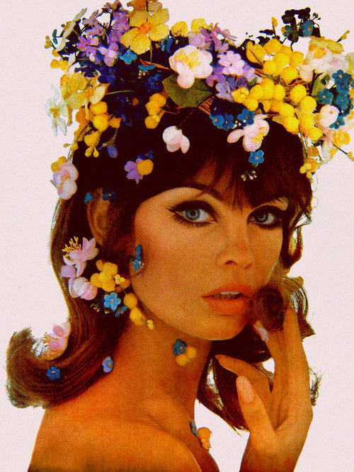 gentlethrills:  meanwhileinthe60s: virgineunuchother:   Jean Shrimpton, UK Vogue 1965  she's perfect