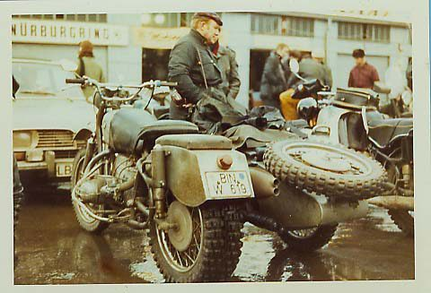 Notice anything odd about this BMW R69S off road sidecar rig?