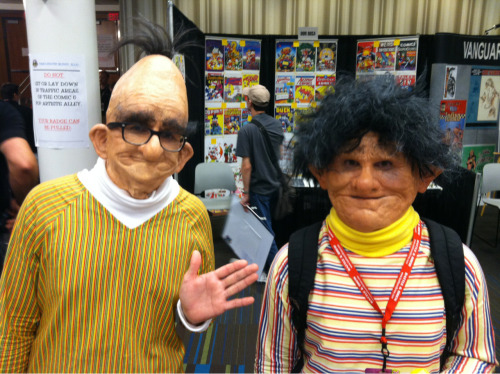 van-jensen:  The most horrifying cosplay at Dragon Con: hyper-real Bert and Ernie.