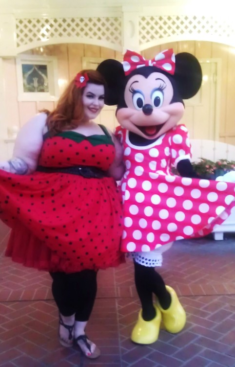 Finally got to meet Minnie! Twinsies!