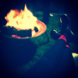 Relaxin by the fire #Nike #Gato #ILoveSocks 🔥 (Taken with Instagram)