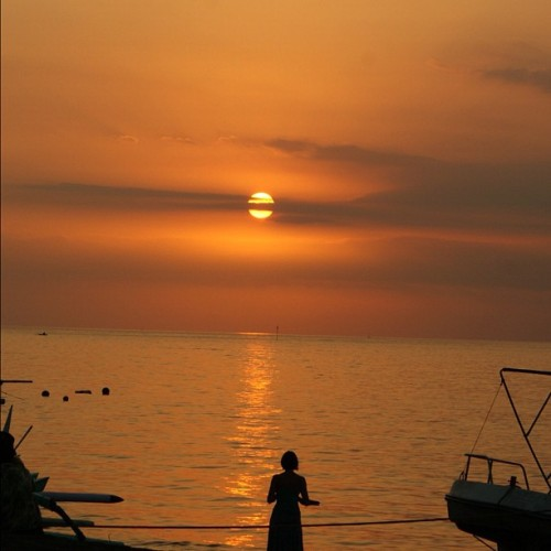 #lovina #sunset #bali  (Taken with Instagram)