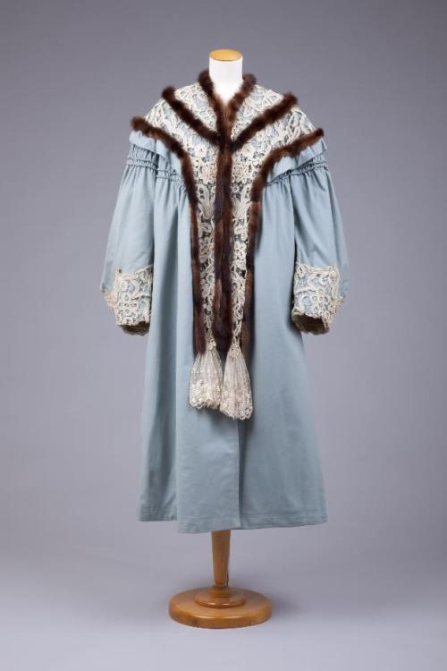 Coat 1904-1910 The Goldstein Museum of Design