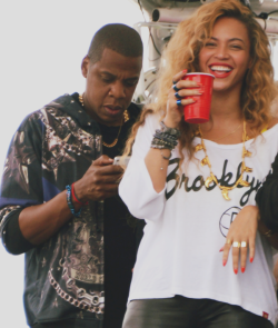 "fuckyeahbeyonceminaj:  Jay-z & Beyoncé at ""Made In America"" Festival today. (9-2-12)"