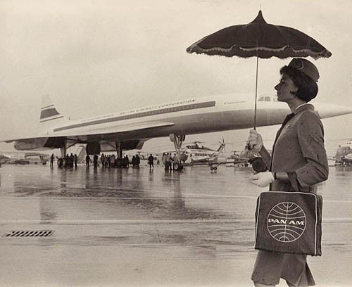airportfog:  (source)  Pan Am was eager to jump into the supersonic age.