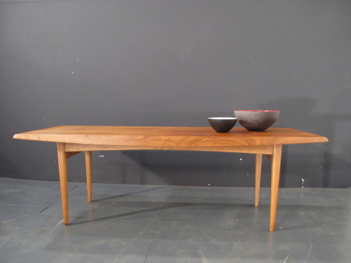 a 1940 beech coffee table designed by trevor chinn for gordon russell ltd excellent condition. labelled SOLD