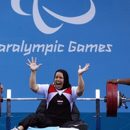 oasis-mag:  At yesterday's Paralympic Games Fatma Omar of #Egypt celebrated a world record lift in the Women's 56kg Powerlifting #London2012 #Paralympic #Olympics (Taken with Instagram)