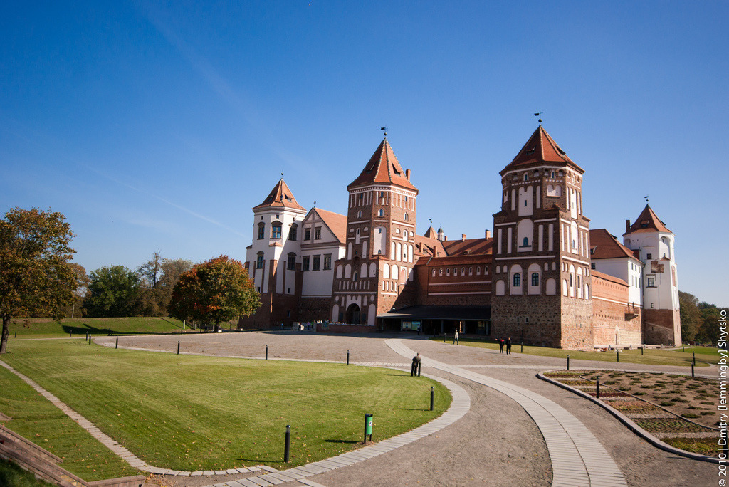 Mir Castle, Belarus (by lemmingby)