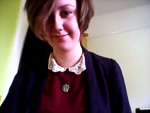 It's difficult to see, but here's my new Clan Macintosh necklace which came in the post this morning! Thank you, MNM!  Well aren't you just cute as a button!? Thanks so much! ^^