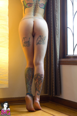 fuck-yeah-suicide-girls:  Casper Suicide Click here for more Suicide Girls on your dash!!