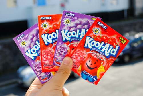 m-onk3ys:  I remember when I dip dyed my blonde hair with red kool-aid.. It stayed for months omfg.