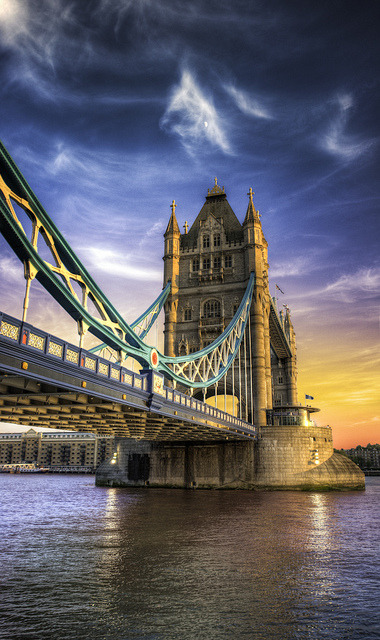 live-2-learn:  London Sky - (HDR England) by blame_the_monkey on Flickr.
