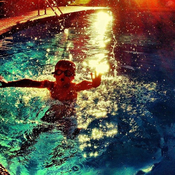 The plunge #swimming #ig_kids #instagram_kids #instagram #iphoneography #iphonesia #photooftheday #iphone #iphoneonly #jj #instagood #iphone4 #ig #igers #instagramhub #popular #instamood #pool (Taken with Instagram)