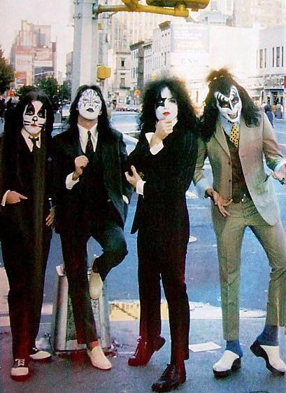 "considering starting a KISS tribute band that dresses in suits like on  the ""dressed to kill"" album and play songs from the early era and obscure stuff from thru-out the career."