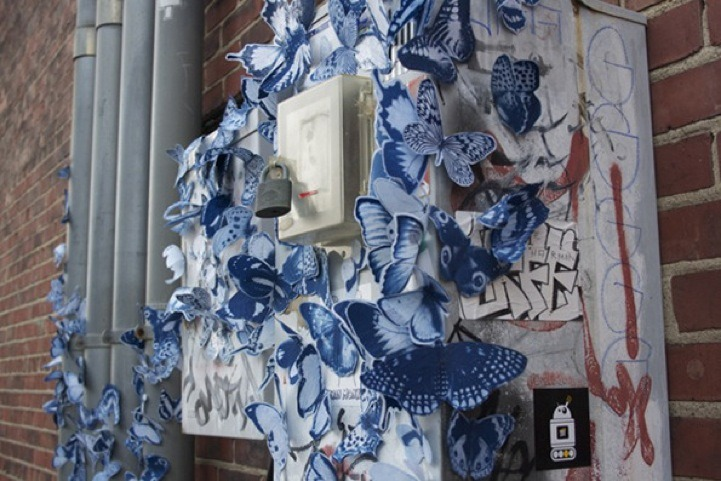 hahamagartconnect:  STREET ART TAKES ON NATURE Swarms of paper artist, Tasha Lewis's beautiful blue & white butterflies are being spotted all over the darnest things in her hometown of Indianapolis. Guerilla Sculpture, the name of the project is all about creating random acts of nature in an urban environment. via MyModernMet