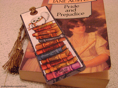 booksandtea:  Hedwig Bookmark by prettybooks on Flickr.