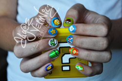 lotsafingerpaints:  Throwback! Super Mario Bros. nails