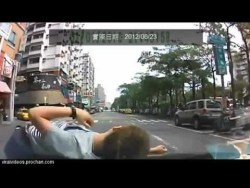 Asian Insurance Scam Fail Lazily rolling over the hood FTL. Dash cam saves the day!