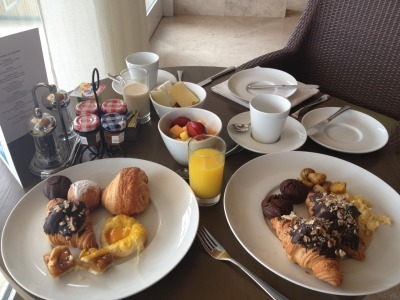 "Breakfast makes the difference from a hotel to another one. If the breakfast is not that great then we can ""minus one star"" from it. Well.. Paracas has truly five stars! Breakfast was excellent with lots of option to different tastes!"